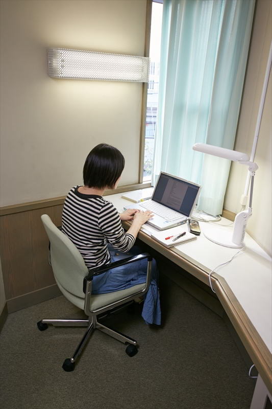 研究個室(2F・3F)